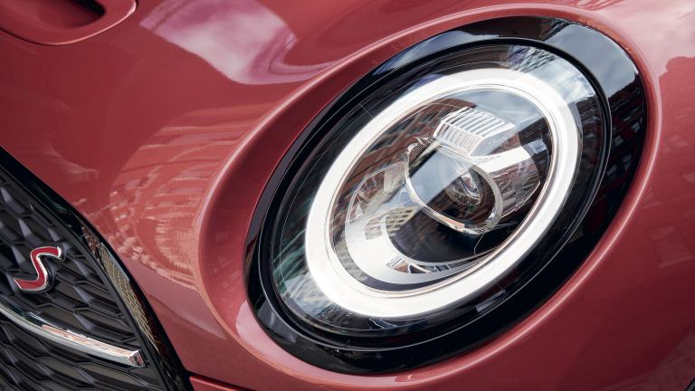 MINI Clubman – front view – LED front headlight